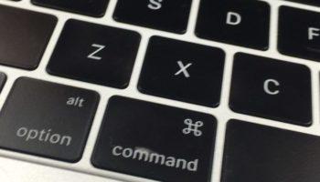 MacBook のキーボード(キートップ)の塗装が剥げても、アップルストアで無償修理可能